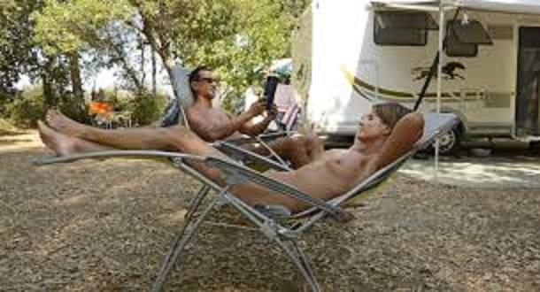 Le naturisme en camping-car